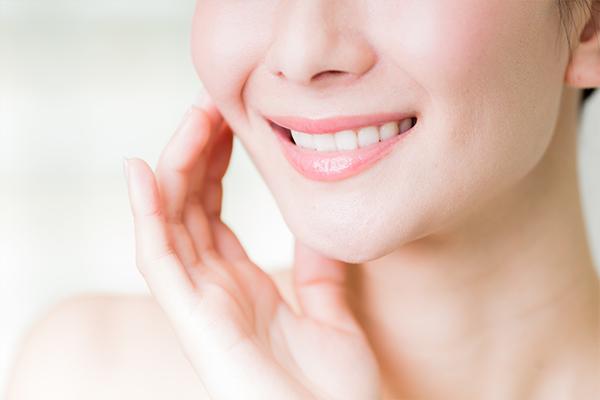 若々しく健康的な白い歯!耐久性に優れた素材を使った審美治療